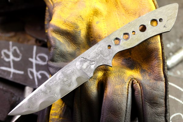 302 - Forge Welding and Completion of a Damascus Steel Knife