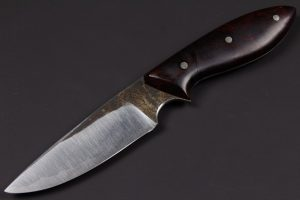 "3.62"" Apprentice #435 Blue/Mild Perfect Neck Knife"
